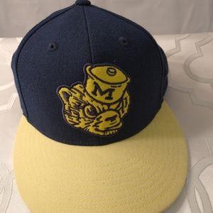 Michigan tiger's cap snapback blue yellow